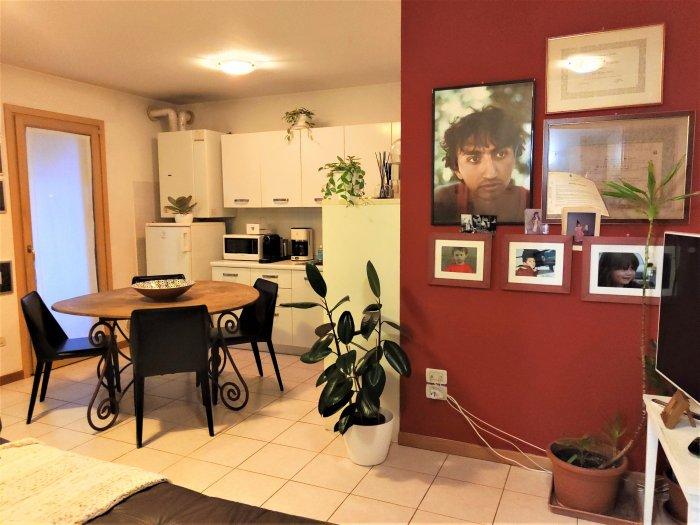 Appartamento bilocale arredato con terrazza in vendita a ...